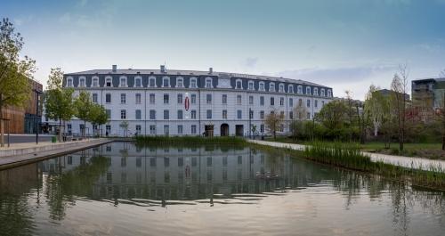 Caserne de Bonne Baptiste Gamby Photographe Architecture Grenoble Portraits Trombinoscopes entreprises Photographie d'art photographie d'art contemporain
