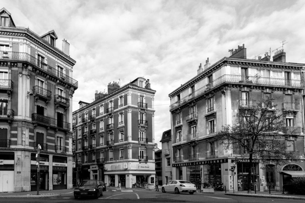 Bistro Au détour Baptiste Gamby Photographe Grenoble, Portraits, reportage , photographies d'art place championnet