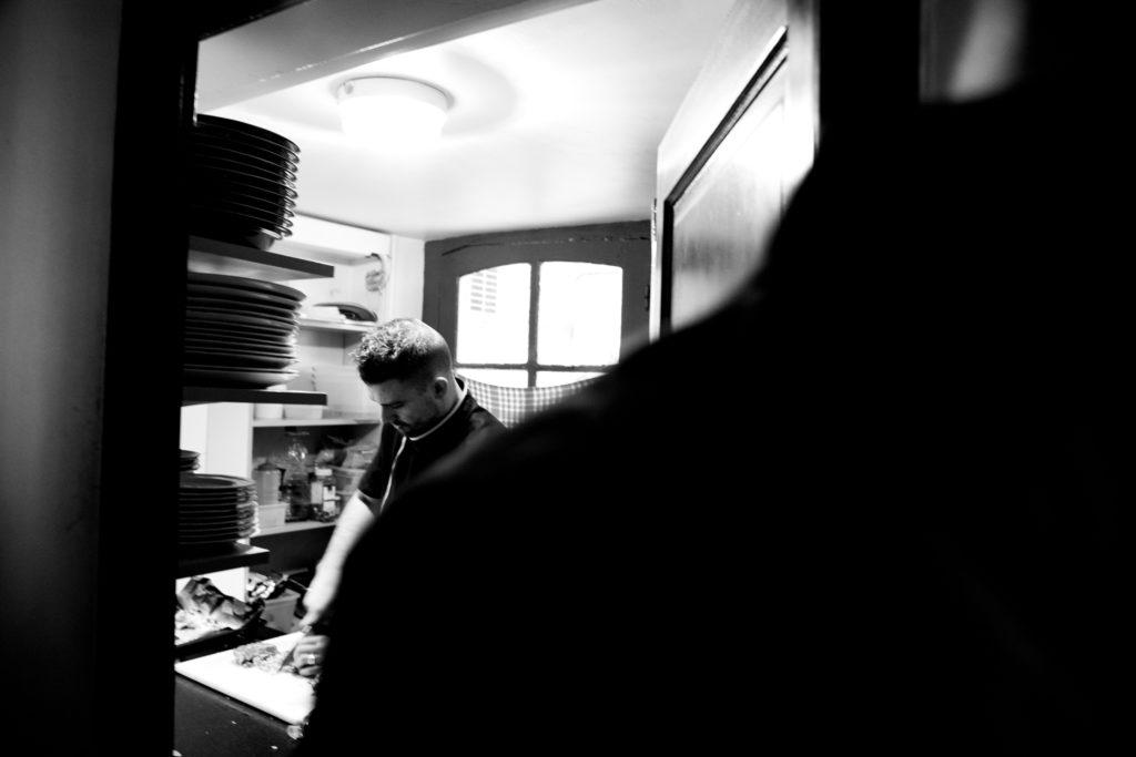 Bistro Au détour Baptiste Gamby Photographe Grenoble, Portraits, reportage , photographies d'art