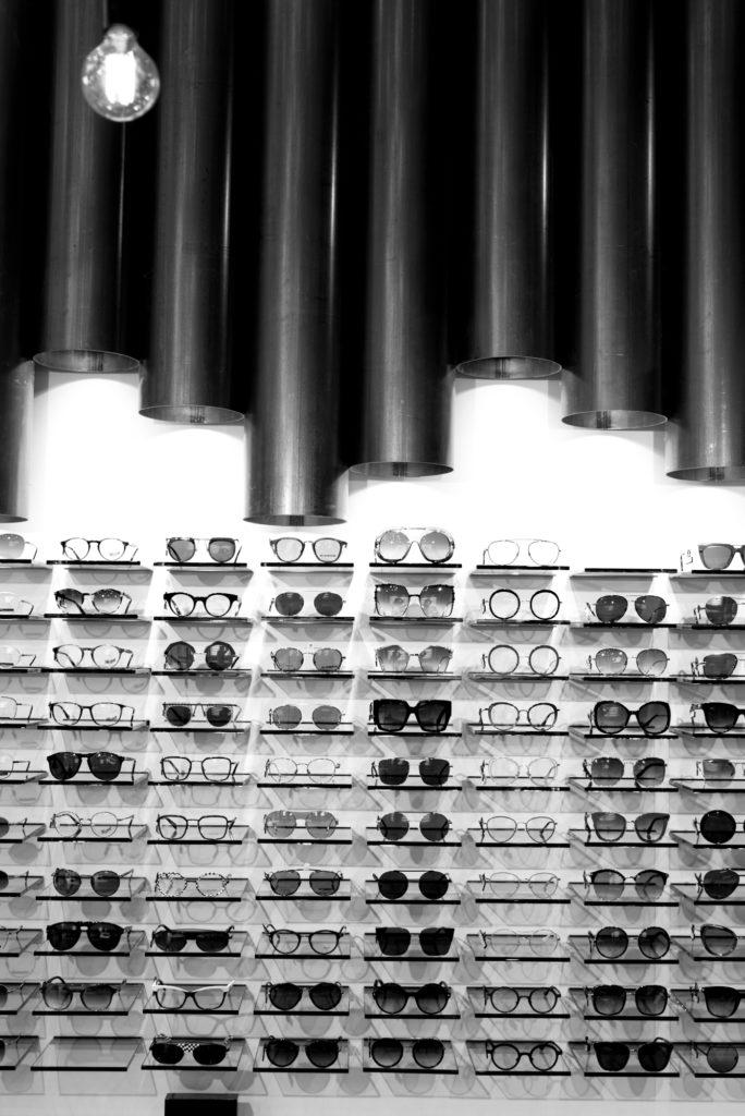 Le Salon Opticien Place Championnet , Grenoble, Baptiste Gamby Photographe Grenoble, Portraits, reportage , photographies d'art
